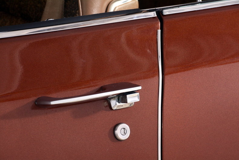 1975 Cadillac Sedan deVille Image 66