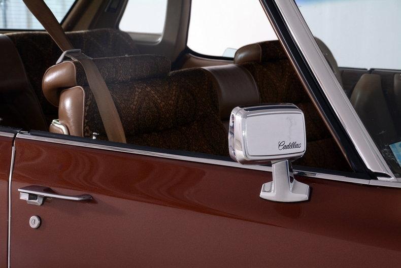 1975 Cadillac Sedan deVille Image 73
