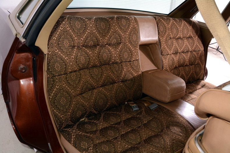 1975 Cadillac Sedan deVille Image 74