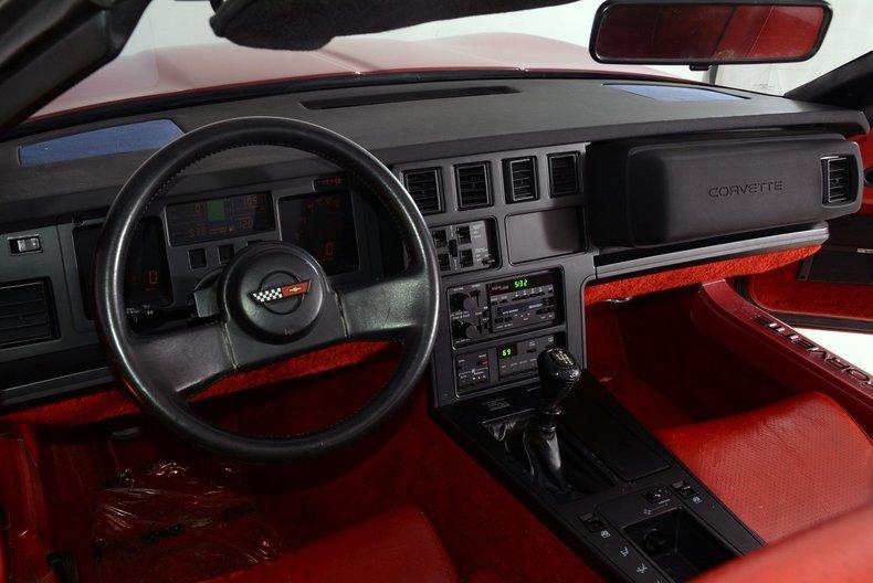 1986 Chevrolet Corvette Image 2