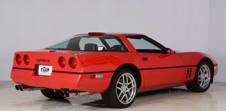 1986 Chevrolet Corvette Image 3