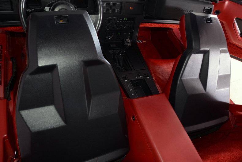 1986 Chevrolet Corvette Image 17
