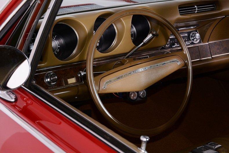 1969 Oldsmobile 442 Image 2