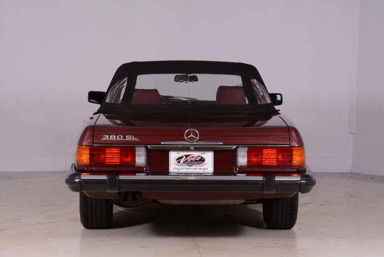 1985 Mercedes-Benz 380SL Image 25