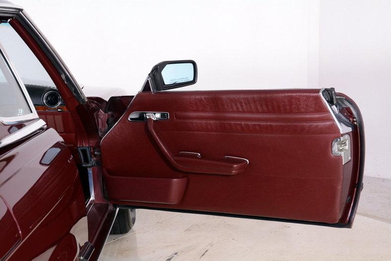 1985 Mercedes-Benz 380SL Image 42