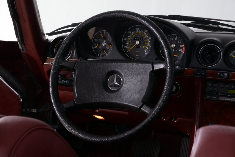 1985 Mercedes-Benz 380SL Image 64
