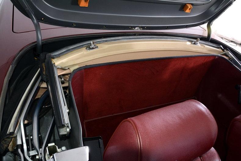 1985 Mercedes-Benz 380SL Image 75