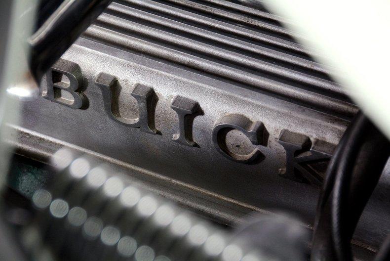 1965 Buick Riviera Image 12