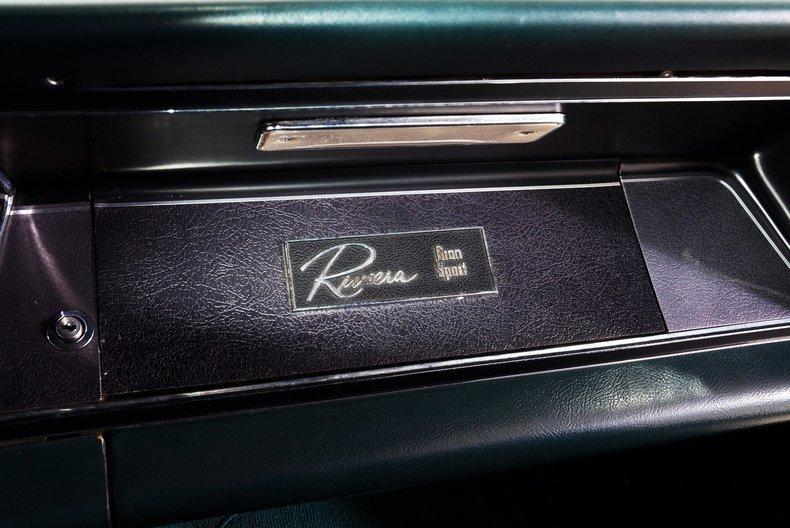 1965 Buick Riviera Image 30