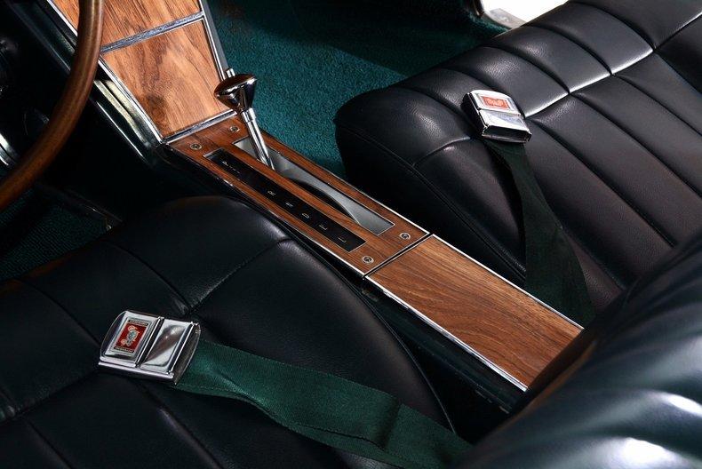 1965 Buick Riviera Image 36