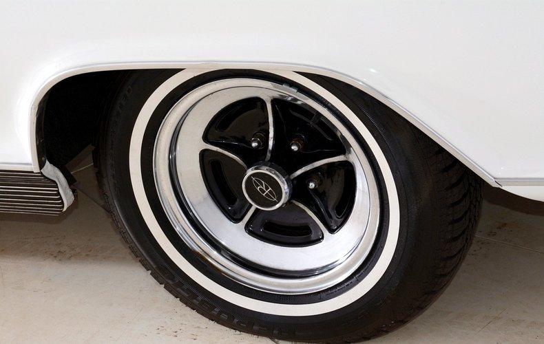 1965 Buick Riviera Image 37