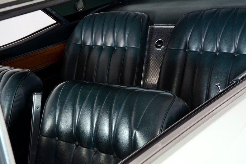 1965 Buick Riviera Image 43