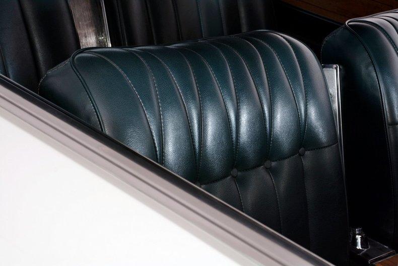 1965 Buick Riviera Image 49