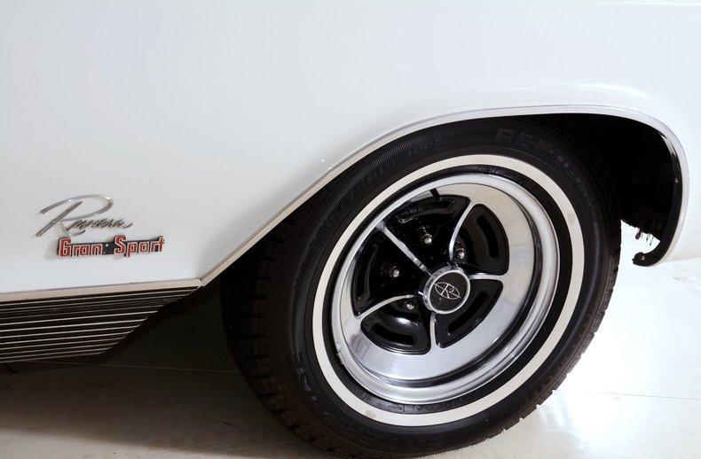 1965 Buick Riviera Image 53