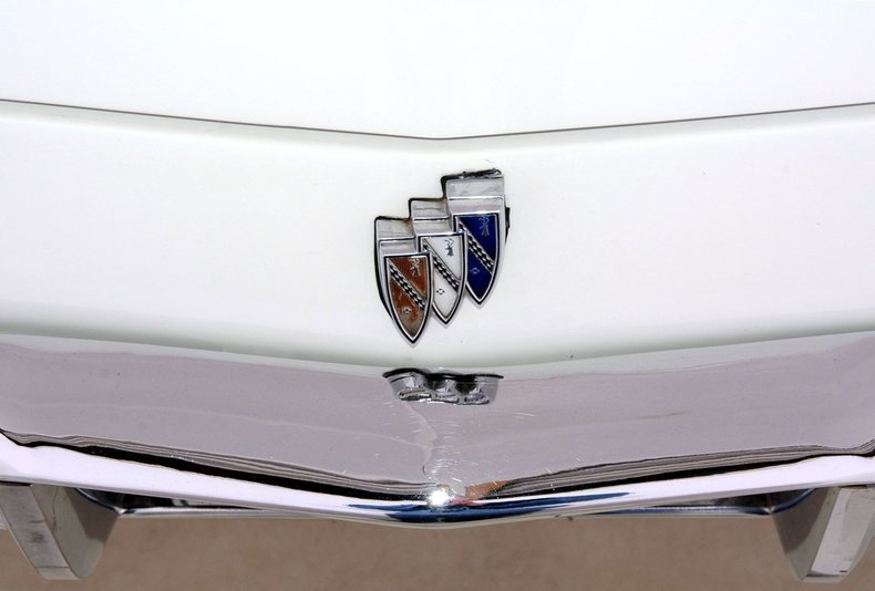 1965 Buick Riviera Image 58