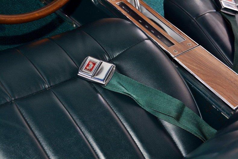 1965 Buick Riviera Image 67