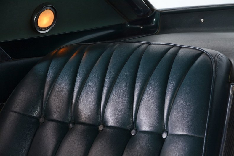 1965 Buick Riviera Image 70