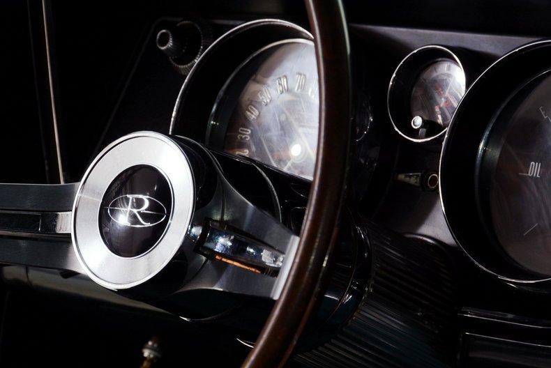 1965 Buick Riviera Image 84