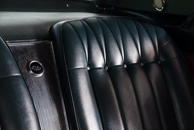 1965 Buick Riviera Image 87