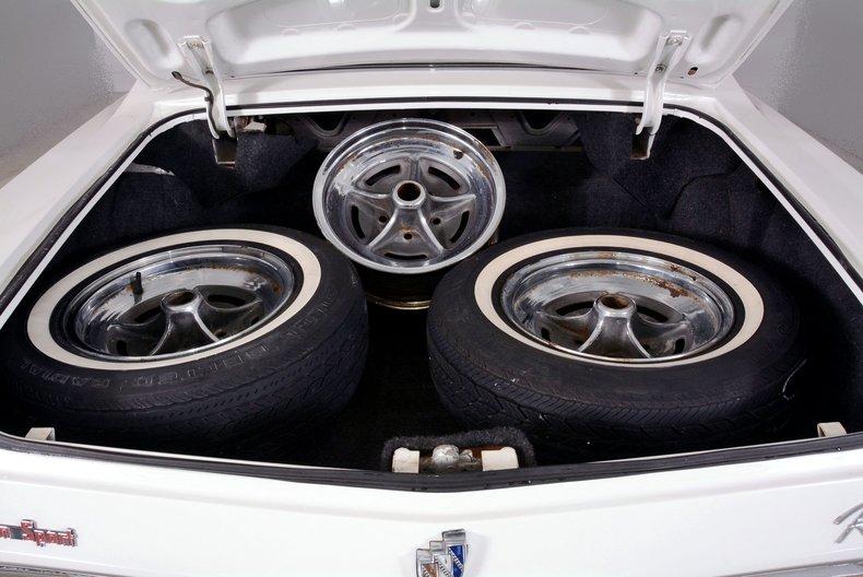 1965 Buick Riviera Image 89