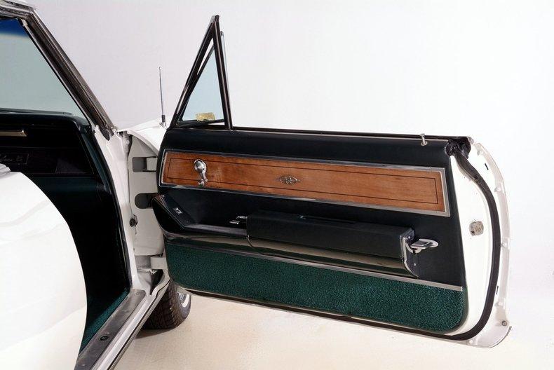 1965 Buick Riviera Image 92