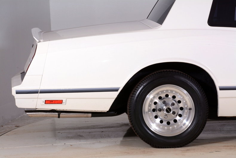 1984 Chevrolet Monte Carlo Image 14