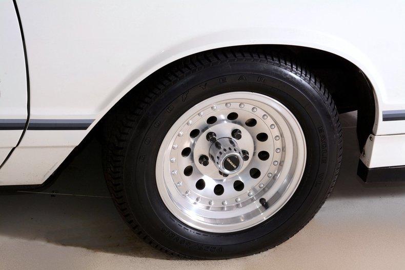 1984 Chevrolet Monte Carlo Image 35