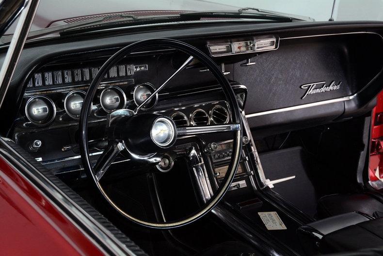 1965 Ford Thunderbird Image 2