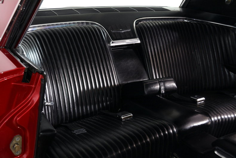 1965 Ford Thunderbird Image 12