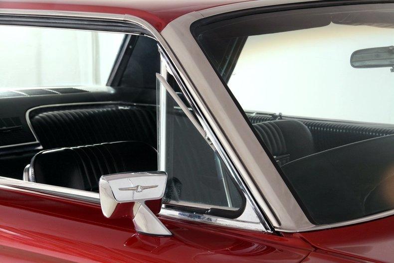 1965 Ford Thunderbird Image 16