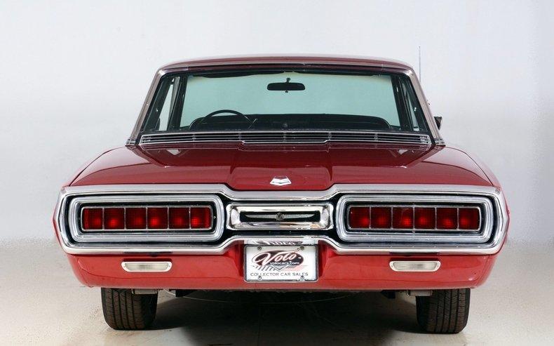 1965 Ford Thunderbird Image 25