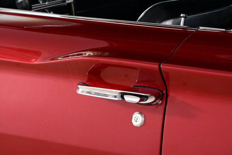 1965 Ford Thunderbird Image 27