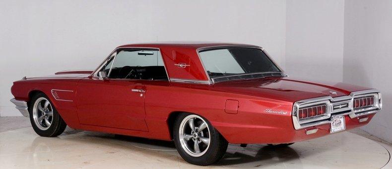 1965 Ford Thunderbird Image 33