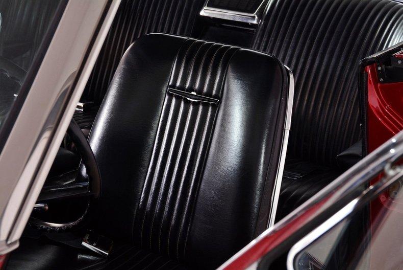 1965 Ford Thunderbird Image 37