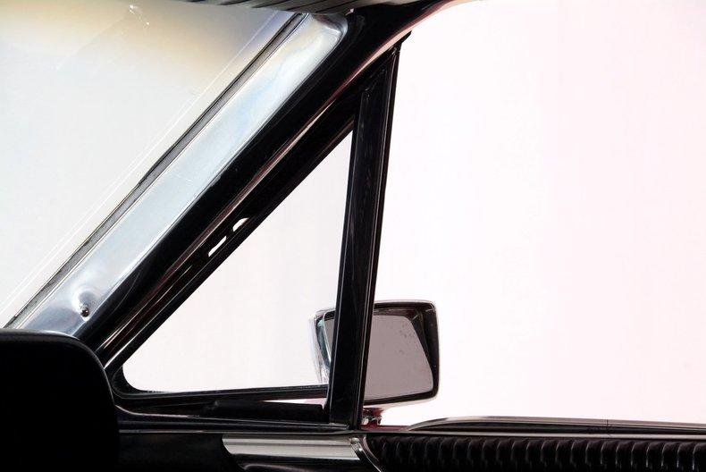 1965 Ford Thunderbird Image 50