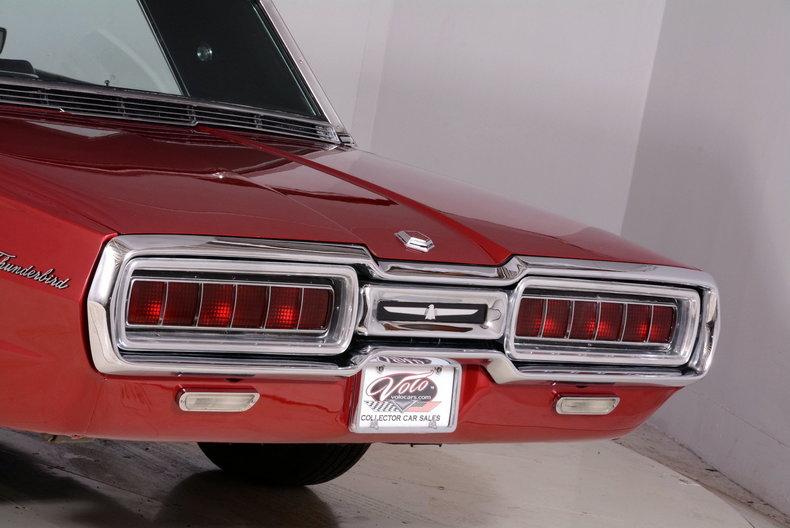 1965 Ford Thunderbird Image 54
