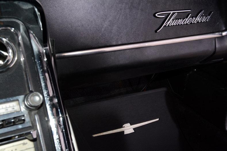 1965 Ford Thunderbird Image 55