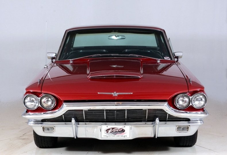 1965 Ford Thunderbird Image 57