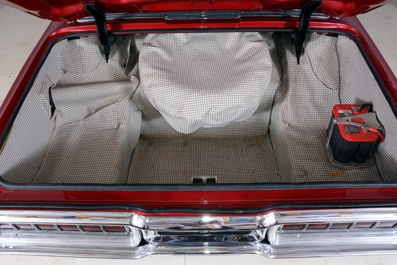 1965 Ford Thunderbird Image 65