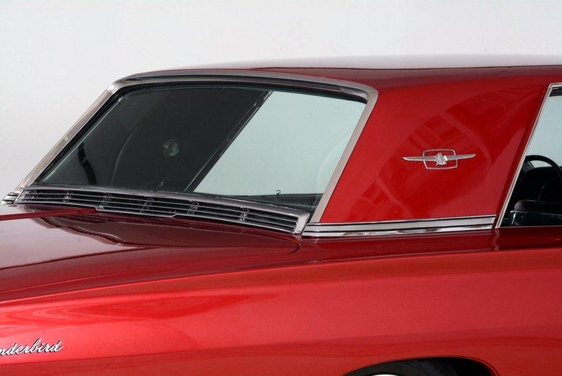 1965 Ford Thunderbird Image 69