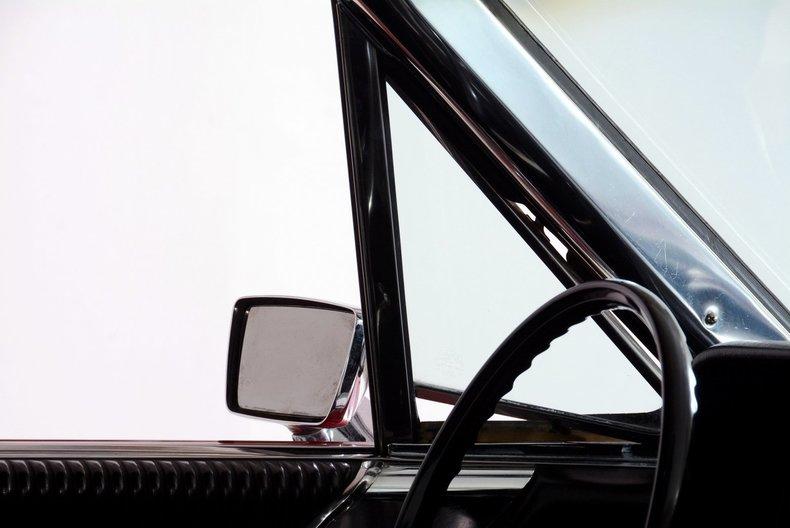1965 Ford Thunderbird Image 70