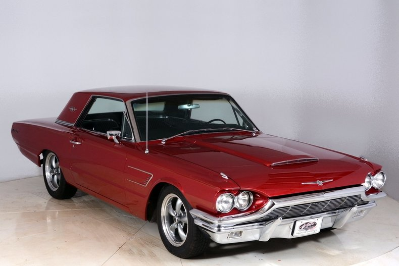 1965 Ford Thunderbird Image 78