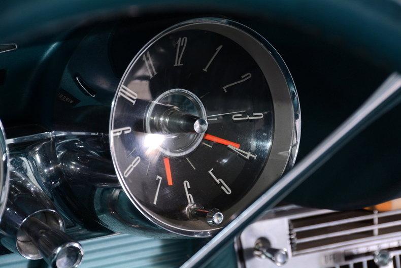 1963 Ford Thunderbird Image 14