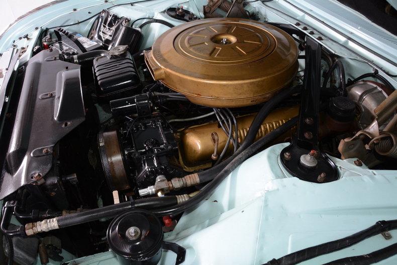 1963 Ford Thunderbird Image 27