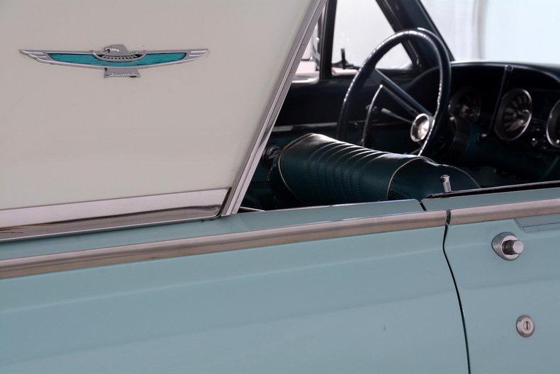 1963 Ford Thunderbird Image 53