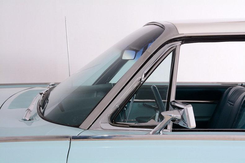 1963 Ford Thunderbird Image 64