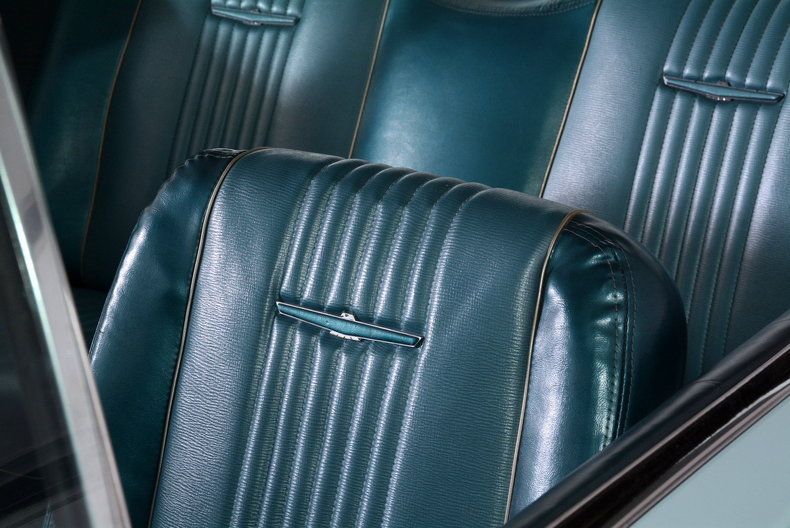 1963 Ford Thunderbird Image 78