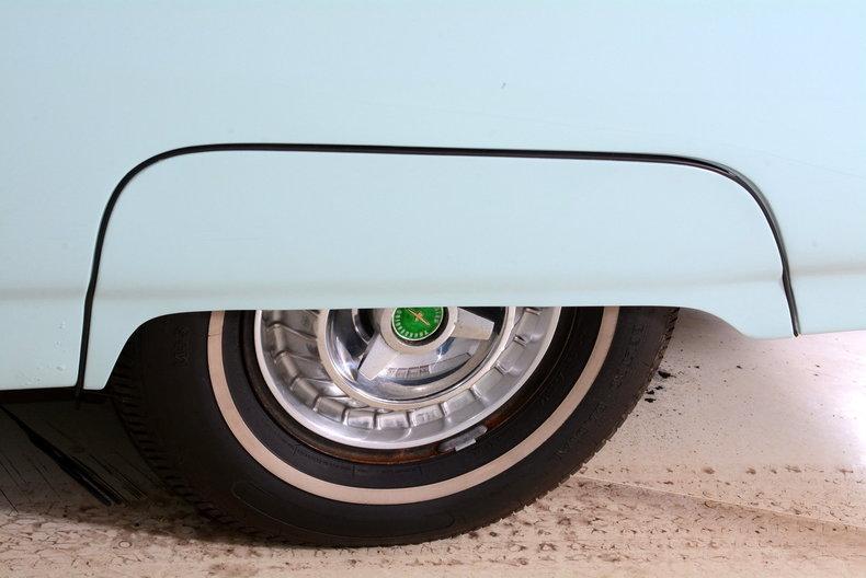 1963 Ford Thunderbird Image 85
