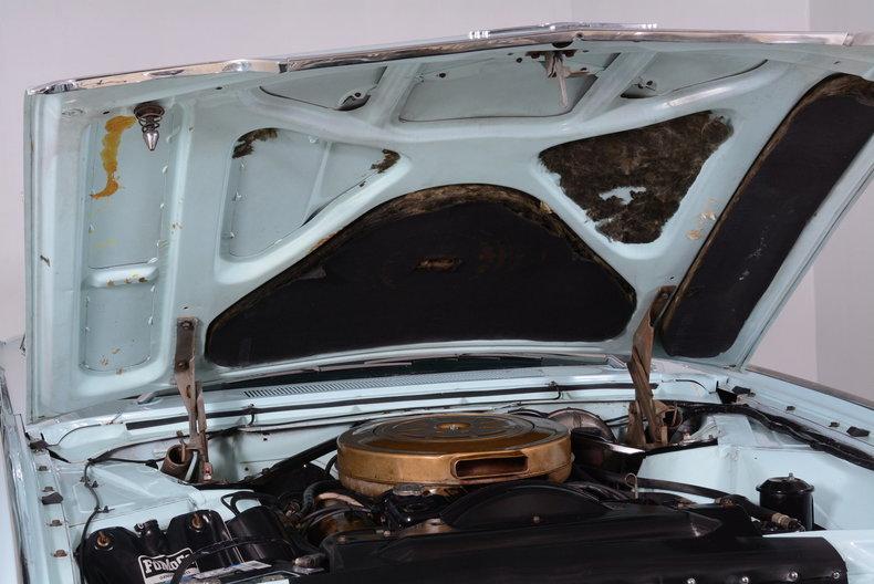 1963 Ford Thunderbird Image 93