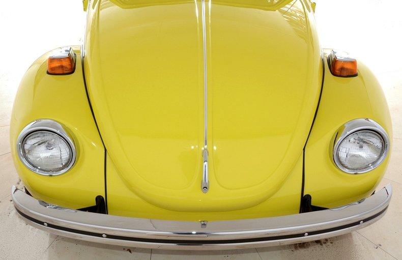 1971 Volkswagen Super Beetle Image 5